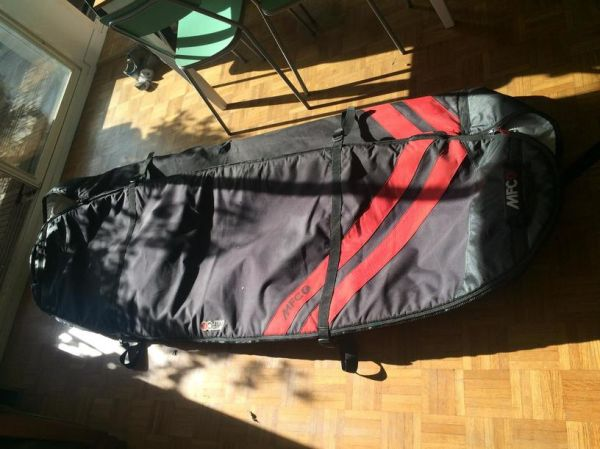 MFC Triple Board Bag - peu utilisé
